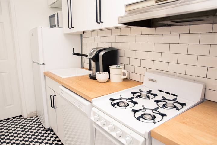 Get The Look: A Chic And Easy Upgrade For A Dated Kitchen