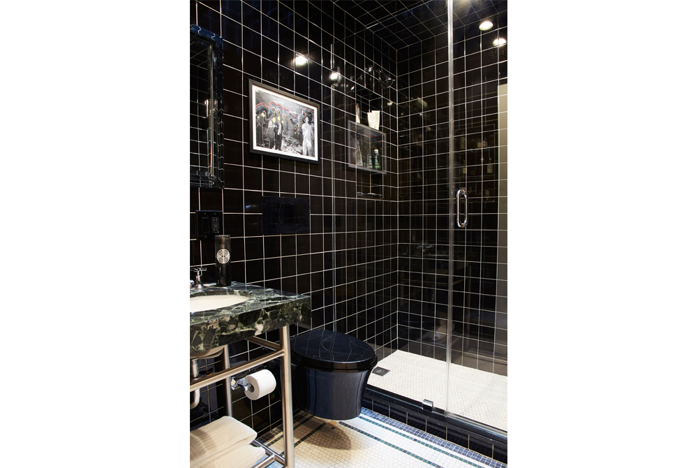 Details: A Black Bathroom Done Right In A Fabulous Brooklyn Townhouse